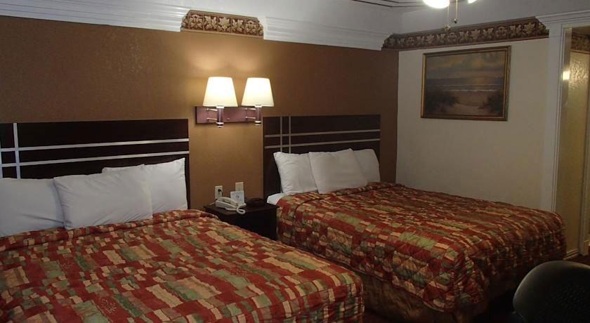 Room Photo Of BUDGET INN & SUITES